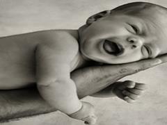 تولد زودرس و انتخابی باعث بروز بیماری ها در نوزاد می شود